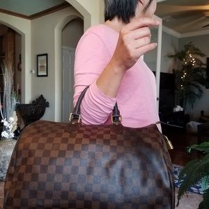 Authentic Louis Vuitton Damier Ebene Speedy 35